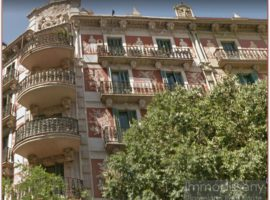 Ref. 1234 Beautiful apartment to renovate Regia Catalogada property from 1890 in Eixample Izquierdo.