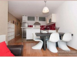 "Ref. 1140 Apartment with TOURIST LICENSE in ""La Vila de Gràcia""."