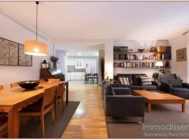 Ref. 1082 Excelente apartamento con parking en el centro de Sarria.
