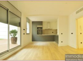 Ref. 1241 Beautiful and very sunny apartment, brand new in Avd. Paral.lel